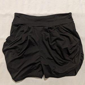 ❗LAST CALL❗Soft Harem Shorts with Pockets, NWOT